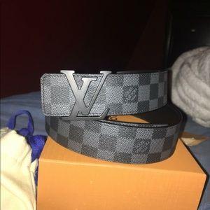 Authentic Louis Vuitton Belt W Receipt(Fits 30-36)